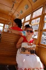 По Харькову продолжает курсировать туристическо-экскурсионный трамвай.