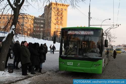 —ледующий троллейбус уж точно идет по маршруту