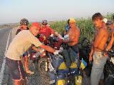 Встреча двух цивилизаций – такие же велопроходцы, только помоложе. Перспективные продолжатели веловосхождений.