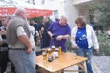 Они ДУМАЛИ, что пиво знакомых для них марок тоже приехало из Англии; что площадь Свободы – лишь для танков и парадов.