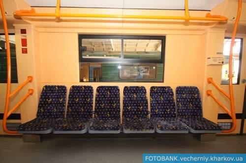 В Харькове презентовали новые вагоны метро