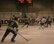 Хоккей: Перед «Барсом» не устояли