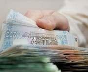 Харьковские депутаты раздают помощь