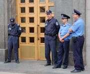 Милиция не может найти Геннадия Кернеса?