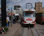 До конца августа обезопасят трамвайную остановку по ул. Полтавский шлях