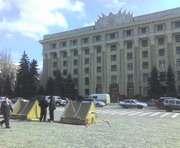 В центре Харькова опять палатки