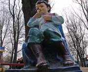 В Харькове «переодели» памятник Ленину