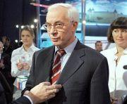 Азаров хочет отправить в отпуск балотирующихся чиновников