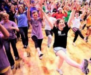 В Харькове устроят танцующие Пятихатки