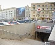 В Харькове закрывают очередной выход из метро