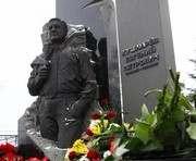 В Харькове почтили память Евгения Кушнарева: фоторепортаж