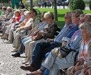 Куда обращаться за пенсией неработающим