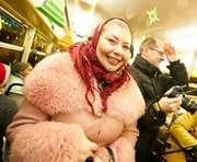 По Харькову ездил рождественский трамвай