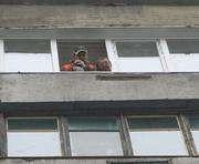 В Харькове жители пострадавшего от взрыва дома возвращаются: фото-факты