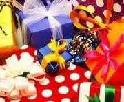 Какие подарки не нужно декларировать: разъяснения налоговой