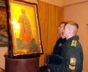 На Харьковщину привезли икону покровителя военных