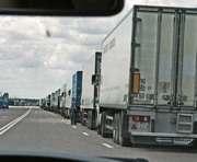 В Украине хотят ограничить передвижение тяжелых грузовиков