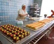 На мороженом и десертах производители нередко нагревают руки