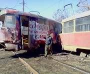 Крупное ДТП в Харькове: трамвай сошел с рельсов и разбился об столб (фото, дополнено)