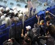 Во время беспорядков в Египте погибли десятки человек