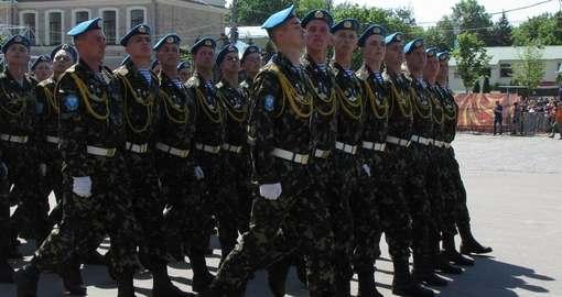 На рынок труда в Харькове выходят военные
