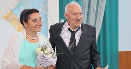 Харьковчане отмечают «бриллиантовую» свадьбу