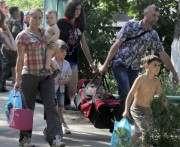 Кабмин утвердил условия соцвыплат для переселенцев