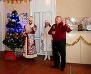 Виктор Остапчук передал детям Слобожанщины подарки от Святого Николая