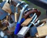 Угрожают ли «замки любви» надежности харьковских мостов: мнение специалистов