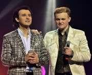 Зрители просят братьев Яремчуков петь песни отца