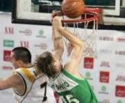 Баскетбол: харьковские политехники вышли в «плей-офф» с победным настроем