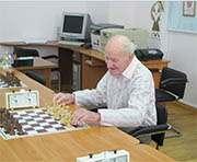 Самым старшим участником шахматного турнира стал 93-летний полковник