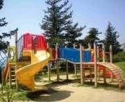 В Харькове обещают отремонтировать полтысячи детских площадок