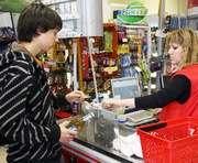 В Харькове открыли телефон доверия для информации о продаже алкоголя детям