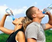 В жару лучше пить теплую воду