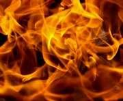 На нефтебазе под Киевом взрываются цистерны: спасатели не могут ничего сделать