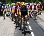 На «Тур де Франс» произошел массовый завал