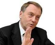 Генпрокуратура объявила о подозрении экс-министру юстиции Александру Лавриновичу