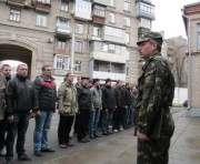 Бывших офицеров хотят завлечь в армию льготами