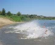 В реке Харьков утонул мужчина