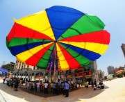 Cамый большой в мире зонт создали в Китае