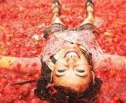 В Испании стартовал 70-й фестиваль помидорных боев