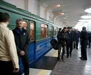 На станции метро «Южный вокзал» женщина провалилась между вагонами