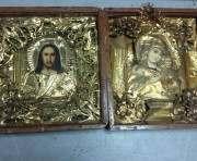 Харьковские пограничники изъяли старинные иконы