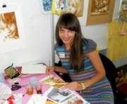 Запорожская художница использует вместо красок кофе и вино