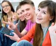 В Украине подросткам начнут выдавать удостоверения личности