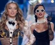 Кто выступит на новом показе от Victoria's Secret
