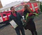 Спасатели наградили харьковчанина, вытащившего малыша из пожара