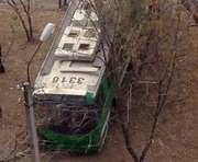 ДТП в Харькове: на Алексеевке вылетел с дороги троллейбус, есть пострадавшие (фото)