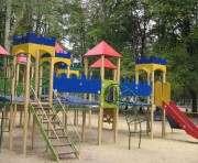 Кто будет делать детские площадки и лавочки в Харькове
